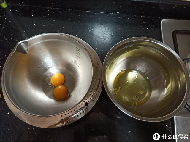 百香果不要只会泡水了,加上面粉和鸡蛋,香喷喷,太好吃了