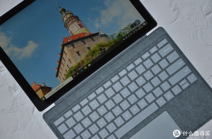 行摄伴侣,劲爽润滑般享受:Microsoft Surface Pro 7 二合一平板笔记本电脑