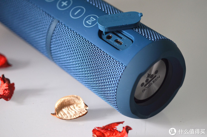 ROYQUEEN/朗琴 新版M400向JBL看齐,努力做一个优质的白菜价蓝牙音箱