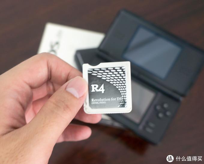 用的是R4的烧录卡,便宜好用