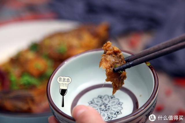 50岁大厨教我炖鱼好吃的秘诀,临出锅时放1味料,大不一样