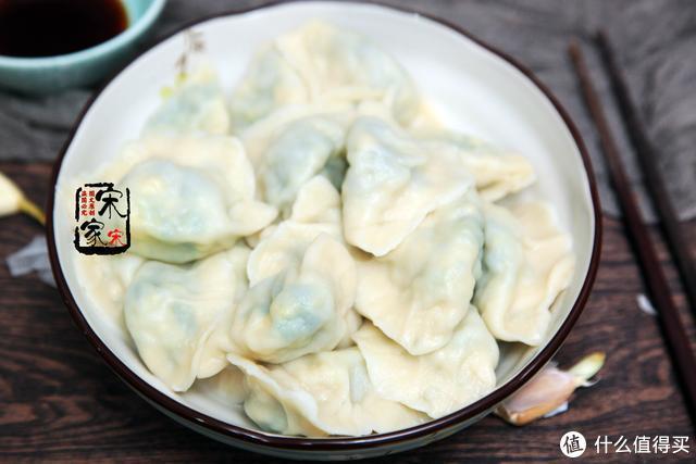 韭菜饺子多加1味料,又鲜又香,厨师:这样调馅,不是吃货是行家