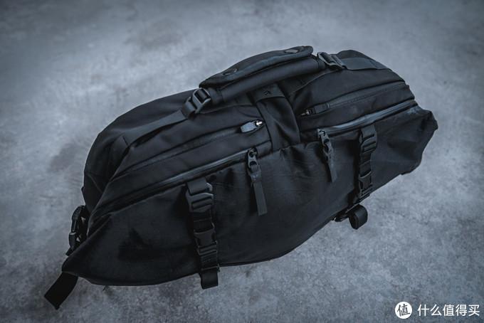 骚包的常规操作——CODEOFBELL X-PAK – Sling Pack (L)