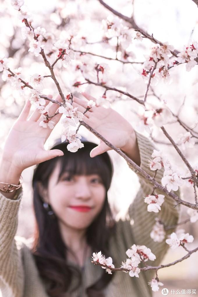 春天的气息🌸来奥森山桃花林一组写真大片吧