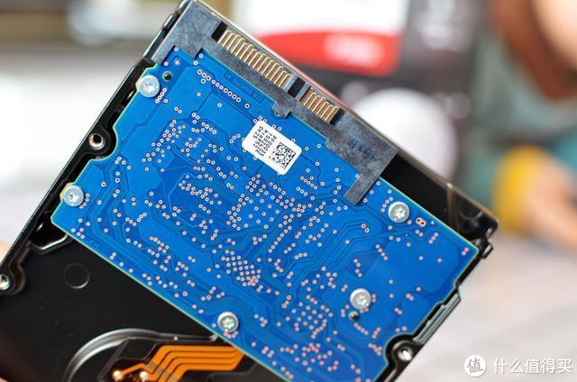稳稳的PMR!东芝P300机械硬盘体验!3TB存资料妥妥的!