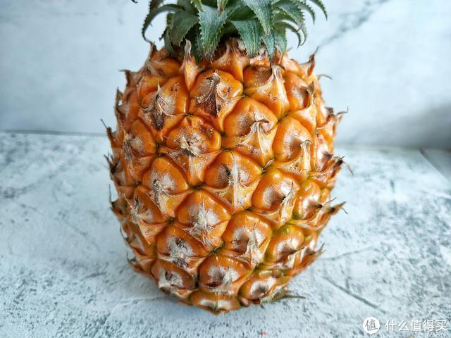 菠萝正当季,切记这3种不要买,水果商自己都不吃,看后涨知识了