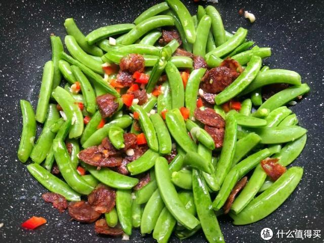 炒甜豆多加这一步,颜色翠绿,清脆爽口,每次炒一盘不够吃