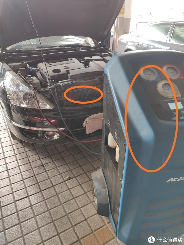 18万公里的尼桑天籁,发动机漏水漏油,车主:日系车也不省心呀