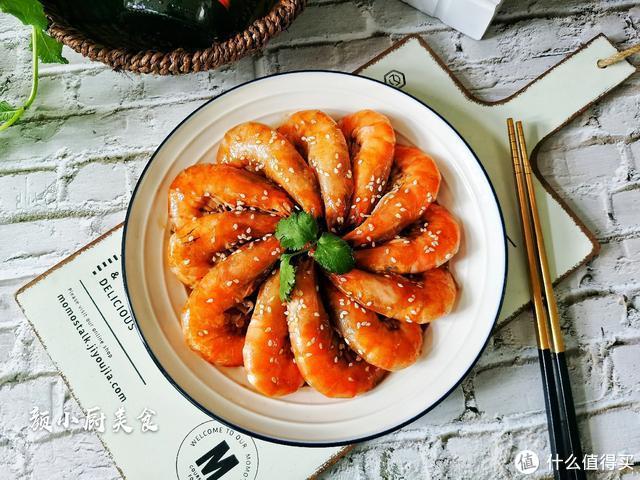 我家大虾从不煮着吃,教你新吃法,不加一滴水,上桌瞬间被扫光!