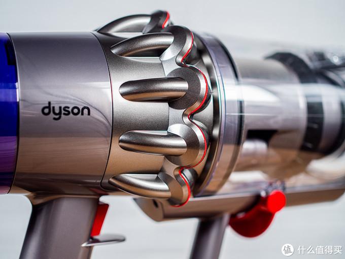 戴森 V11 Absolute Extra无绳吸尘器评测:配件全新升级 全屋清洁更省力