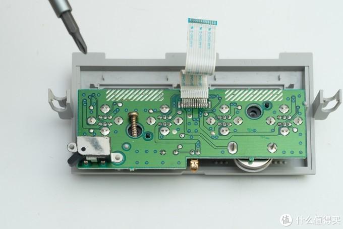 GameCube拆解返修:也能玩《动物之森》,但后期阉割爆表