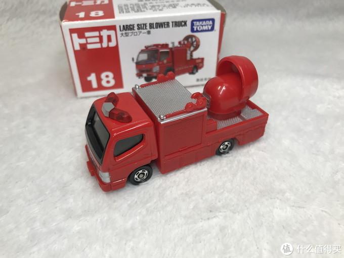 孩子喜欢的两辆多美卡玩具合金小车