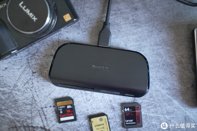 百元档同级竞品的PK:金士顿VS闪迪USB3.0多功能读卡器