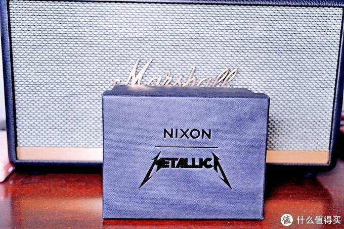 金属党的周边收藏,除了收标,还能收表——Nixon × Metallica腕表