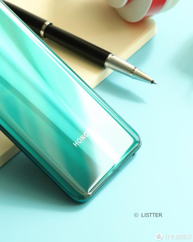 """荣耀30S""""蝶羽翠""""上手玩!这么好看的5G手机,竟然只要两千多?"""