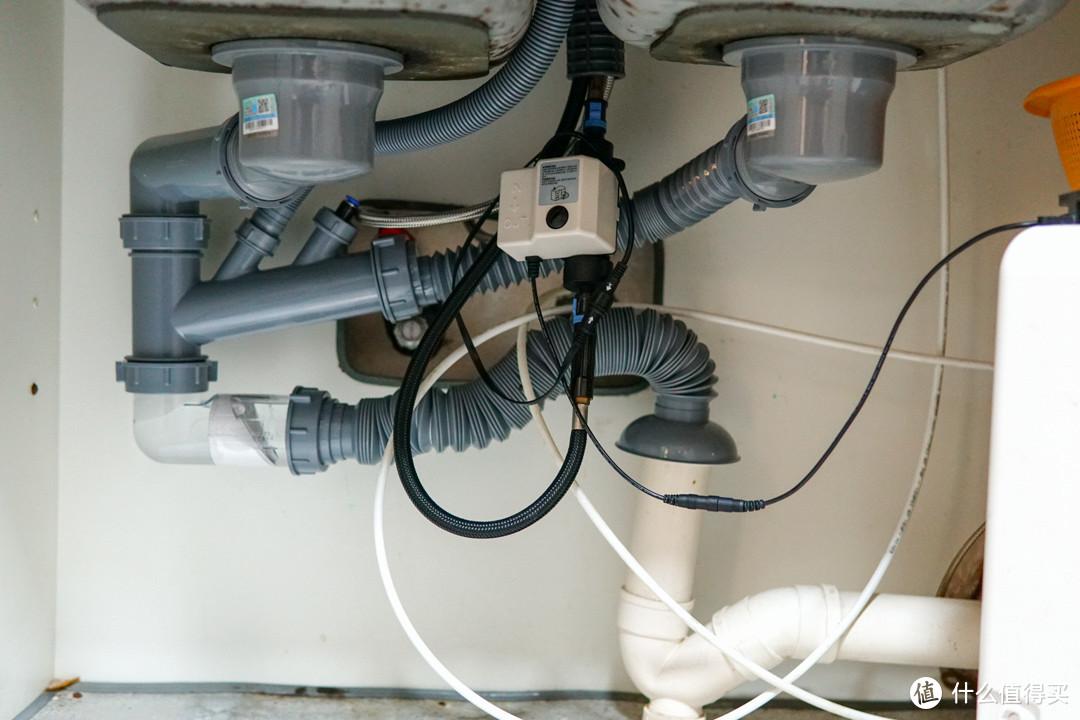 花小钱轻松解决厨房下水管异味,节省空间、易安装的潜水艇水槽排水管套装