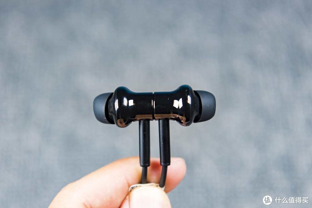 无线降噪新宠儿,20小时续航,评测小米项圈降噪耳机