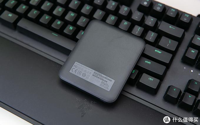 随身存储该升级了,绿光加持、有颜有料的希捷酷鱼飞翼系列移动固态硬盘了解一下?