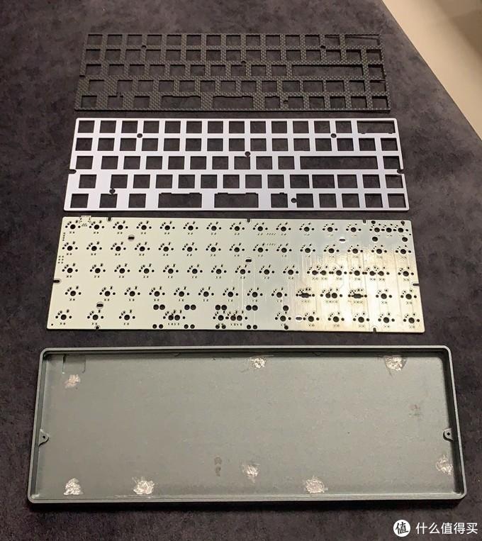 优雅捡垃圾——260块钱买来了铝壳+绝版pcb机械键盘