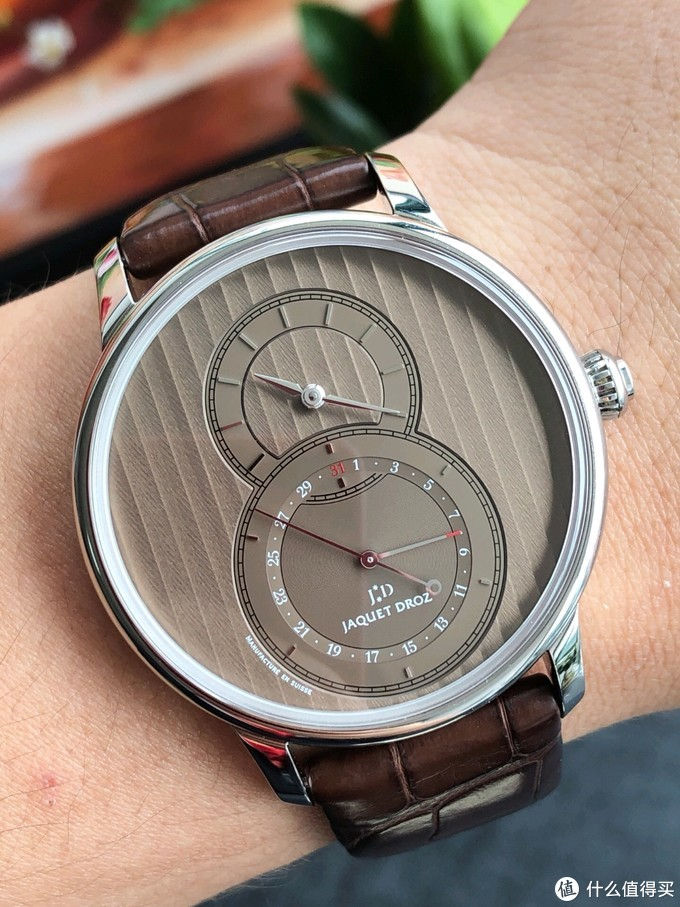 好的地产销售都有一块好表,用对姿势3折入手Jaquet Droz雅克德罗J007030246
