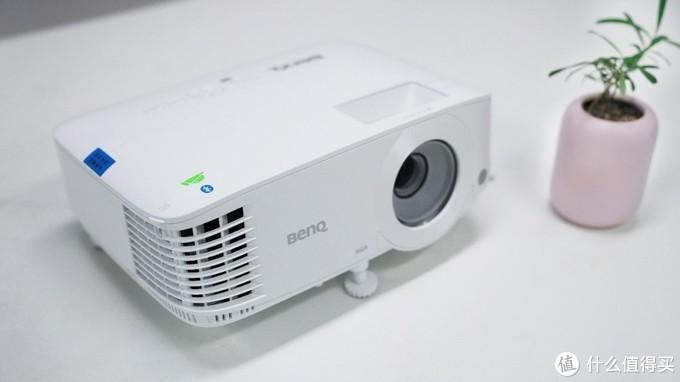无线投屏、网课利器,明基E520无线投影仪开箱测评