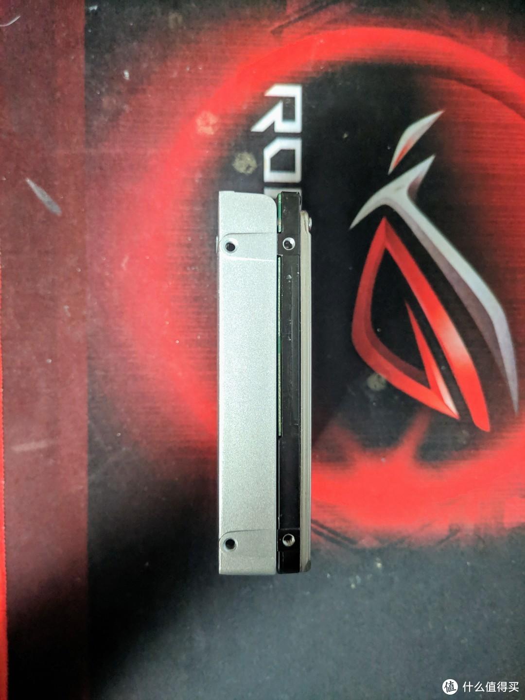 硬盘厚度对比