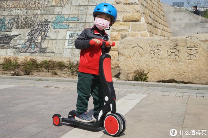 从小玩到大的安全与快捷:Bebehoo五合一多功能童车
