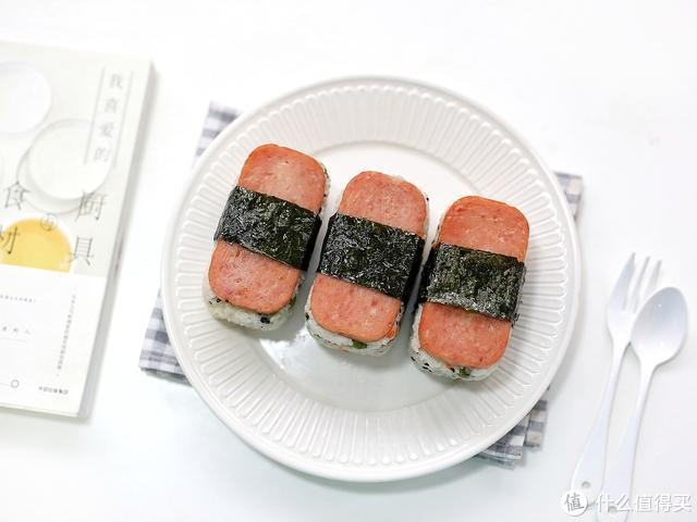 炒好的米饭别直接吃,将它变个小花样,颜值味道翻倍,管饱又解馋