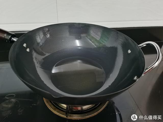 新铁锅别直接用,教你方法,不粘锅不生锈,简单又实用