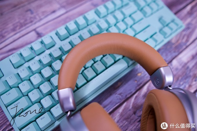 打造无线桌面必不可少的蓝牙耳机选购,HIFIMAN DEVA会是那一副让人满意的无线耳机吗?