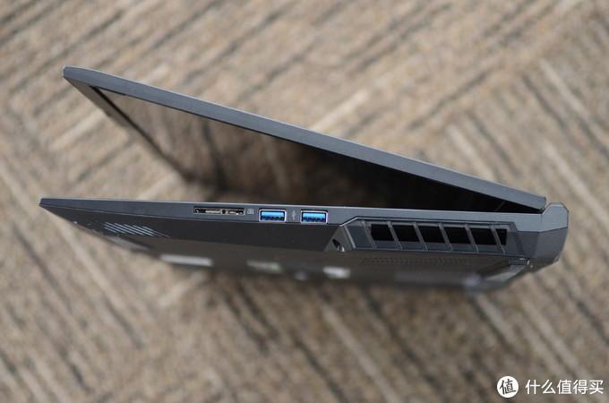 新版RTX2060+十代i7真香 机械革命X3-S评测