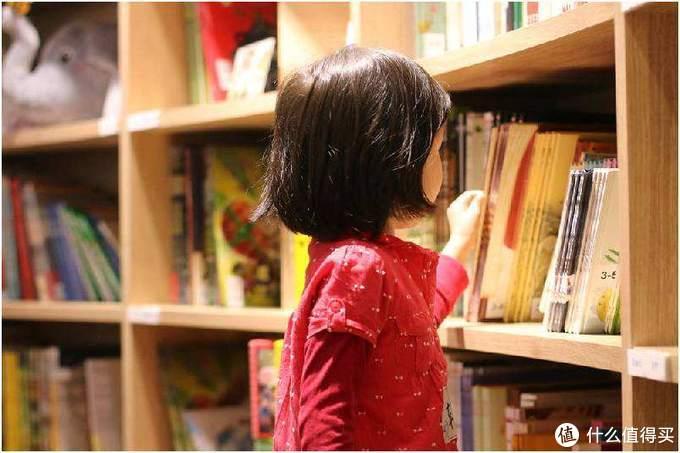 万字干货分享:一文搞定绘本应该如何选、如何读,附全年龄段绘本推荐清单