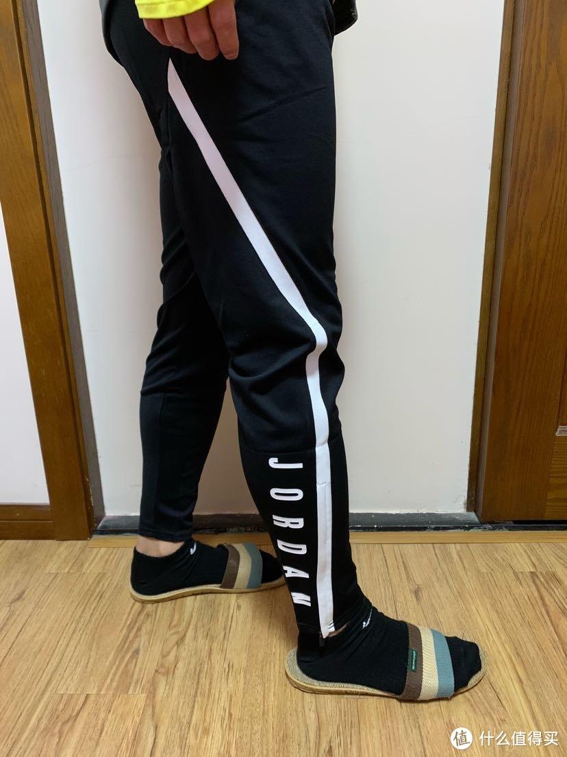 一条适合春天的运动裤