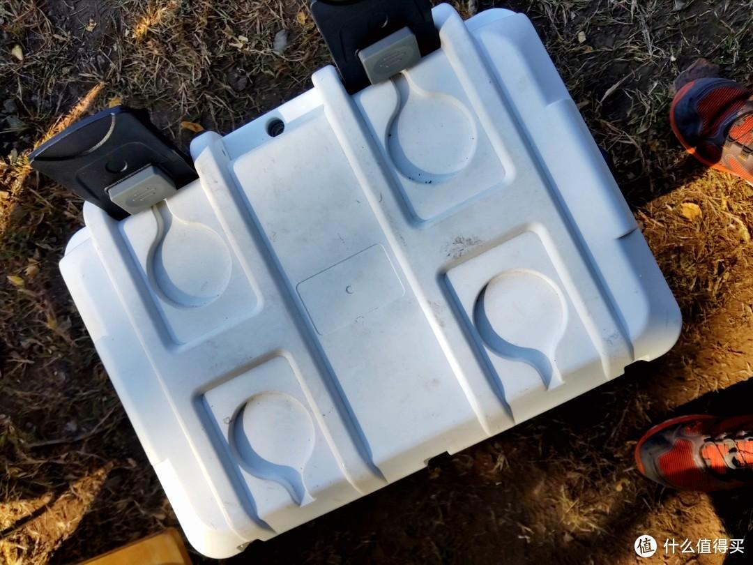 炎热夏季的一丝冰凉——鹰眼王COB20保温箱