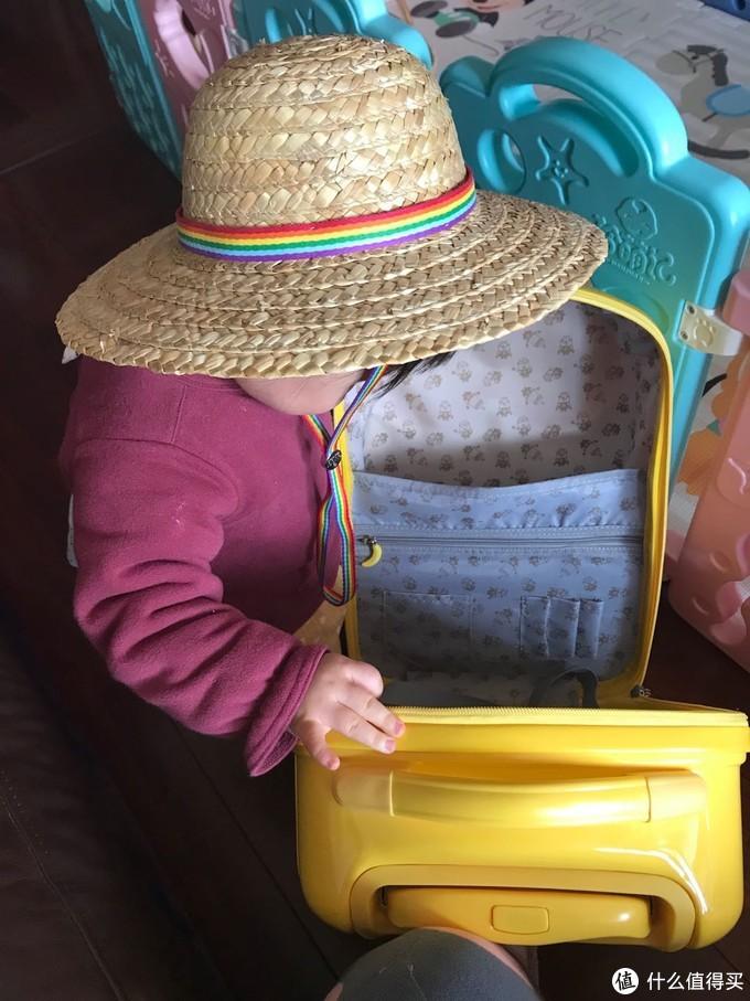 伪极简派老母亲细数带娃出门必备物品!写完发现。。东西有点多嘛~果然带孩子出门是件麻烦事呀~嗷~~