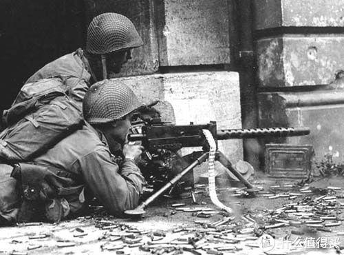 二战时美军步兵主要火力压制武器