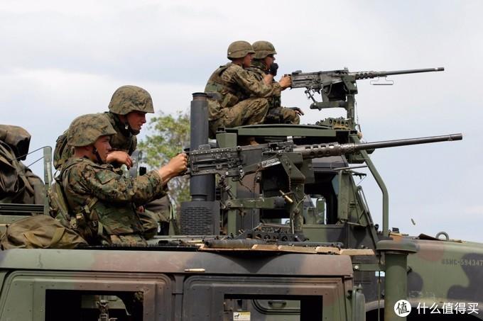如今装备在悍马和军卡上的M2