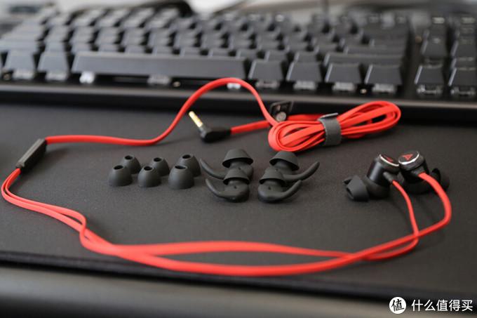 顺应轻量化趋势!钛度M506逐风者洞洞鼠标、TKL306光彩师机械键盘、TG10星鲨耳机开箱