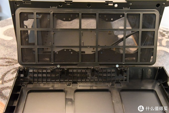 光线侧透,独领风骚---爱国者破晓X机箱升级装机记