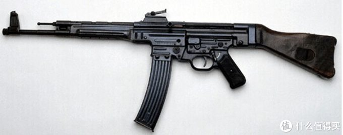 你要说卡拉什尼科夫老先生在设计AK-47的时候没借鉴过它我都不相信
