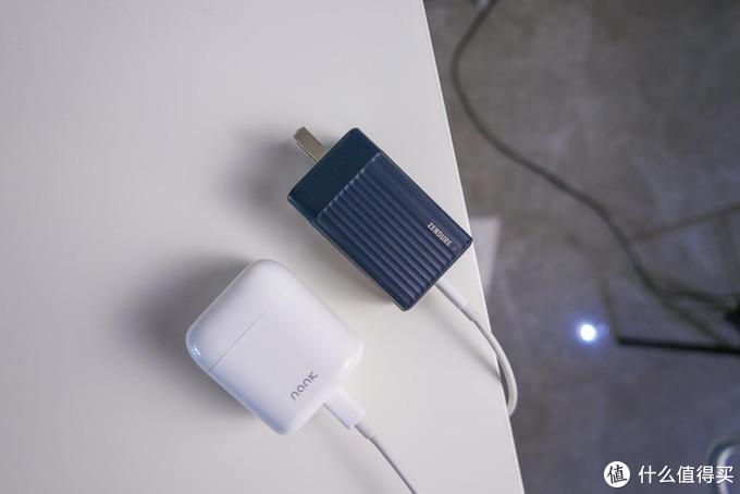 氮化镓配双C口,数码爱好者应该人手一个的快充充电器