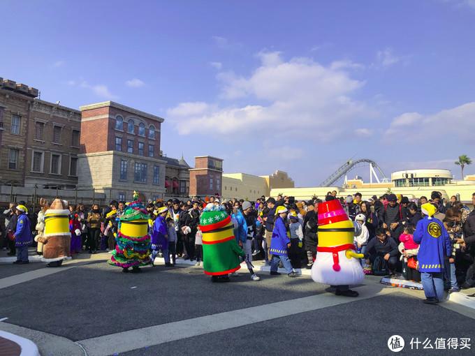 USJ中心广场上的合影活动