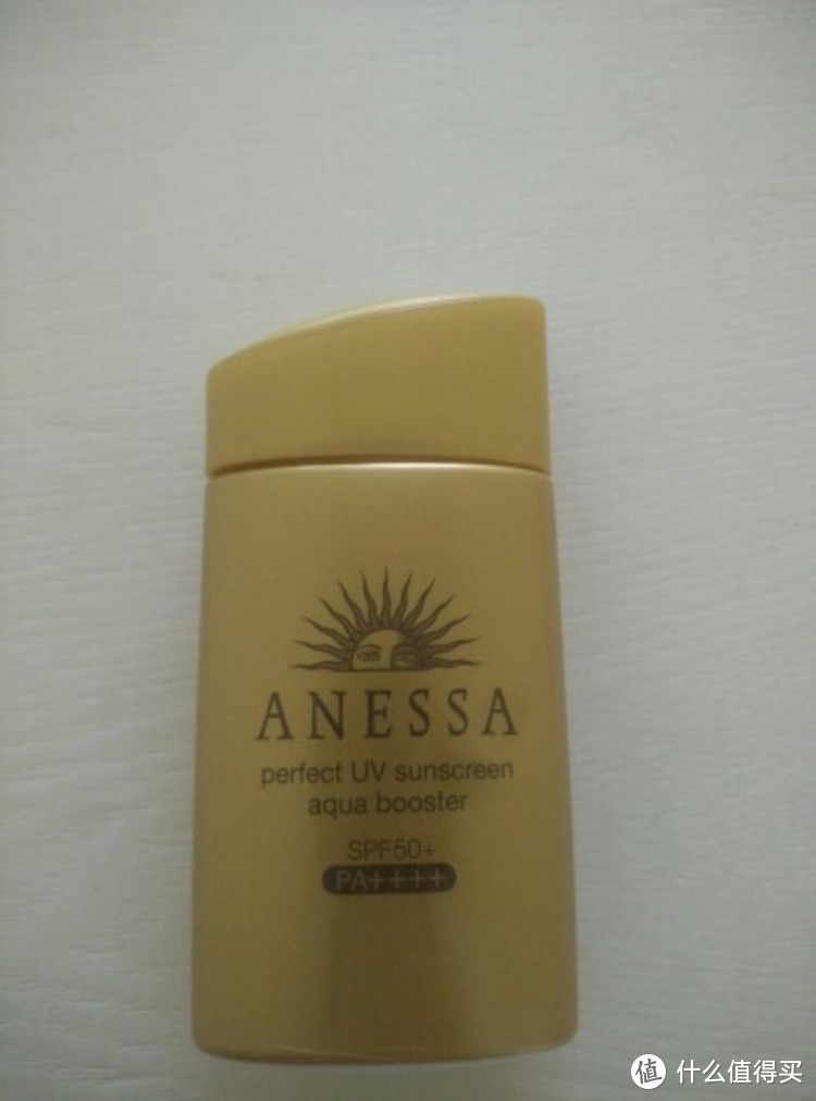 安耐晒(Anessa)/安热沙金瓶防晒霜,这个夏天让ta陪你度过每一天,防晒有ta不香吗?
