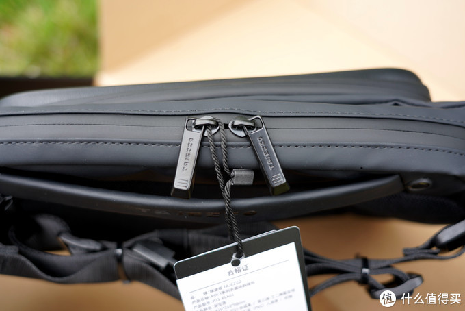 通勤新伴侣-探迹者TAJEZZO POLY系列多面体斜挎包上身晒单