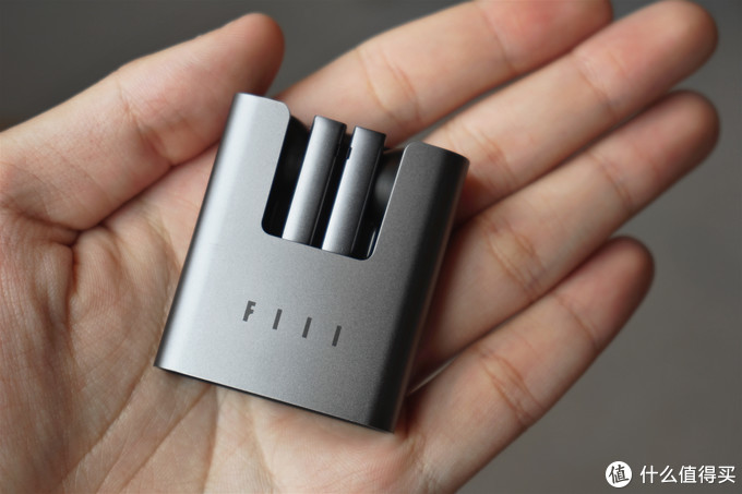 汪峰老师的FIIL CC真无线耳机,用了一段时间后我的感受