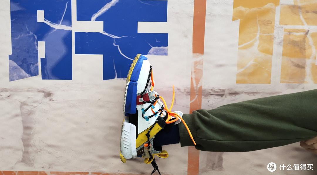 从没钱穿李宁到没钱穿李宁:LI-NING 李宁 盘古男款乐高配色潮流休闲鞋