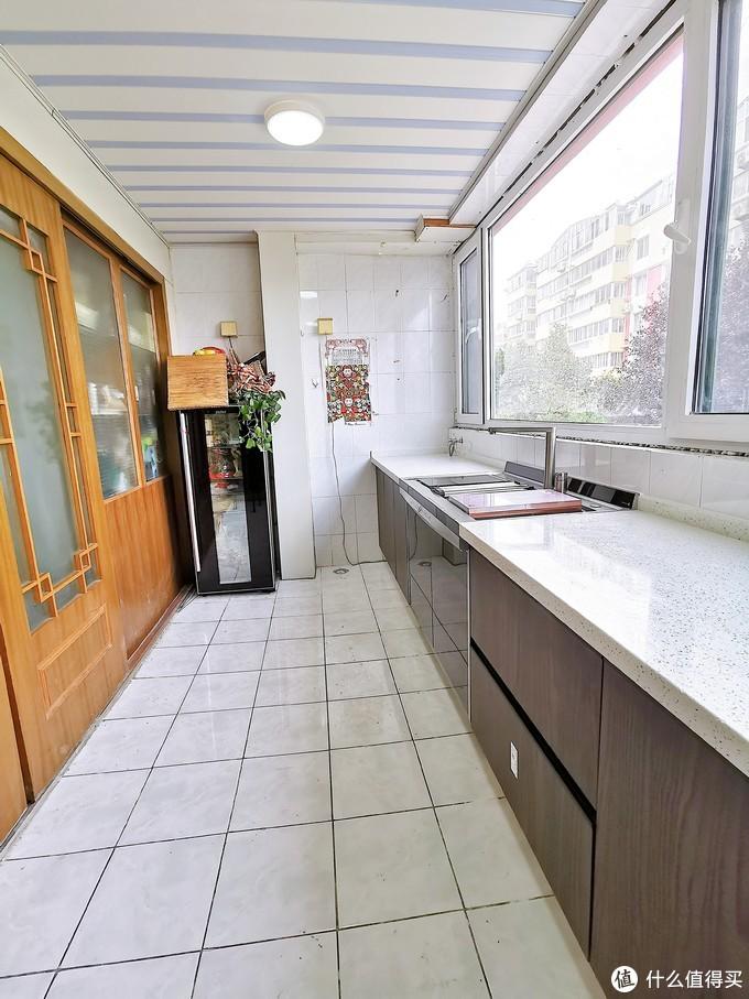 厨房装修现场---表面上干干净净的厨房,背后脏成这样?