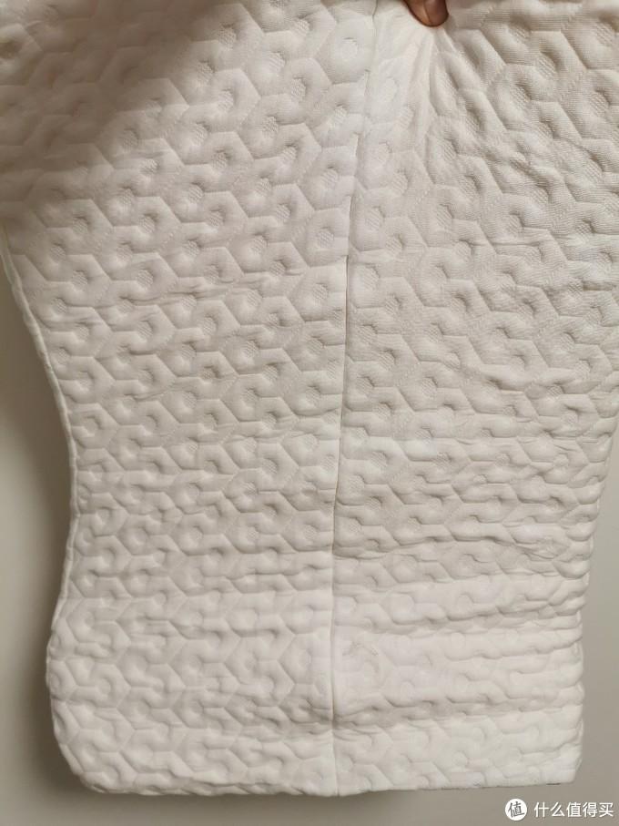 睡眠不好星人的意外之喜!晒一晒大妈送的芝华士乳胶枕!
