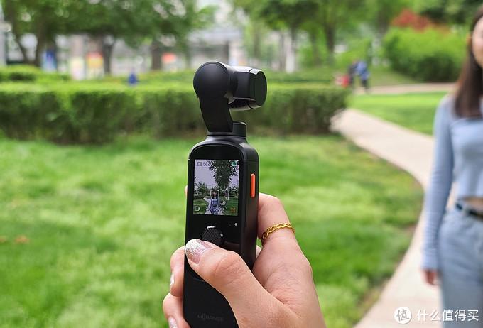 被女朋友嫌弃直男摄影?入手橙影智能摄影机秒变摄影大师!
