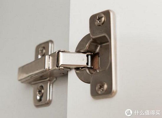 定制厨柜,用最好的板材最好的设计却干不过一个烂配件